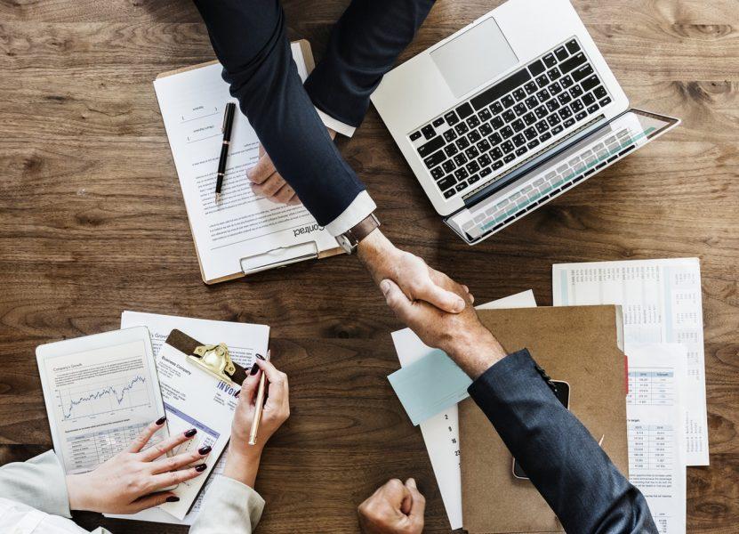 למה רכישת אתר מתחרה היא ההשקעה האסטרטגית הטובה ביותר עבור העסק שלך?